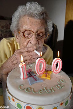 Teaching: 100 Year Old Smoker and other funny stories | Kimfucius